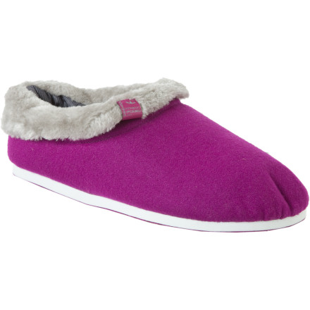 Entertainment Slide into the Freewaters Homie Women's Slipper for undeniably soft and warm comfort when you're lounging around. - $39.96