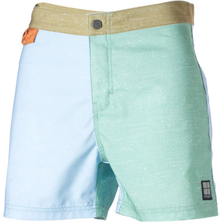 Surf With a tailored Bunker fit, contrasting color-blocked panels, and a comfortable microfiber material, the Insight Unstatic Breakup Bunker Board Short is ready to handle business and launch some cannonballs. - $32.97