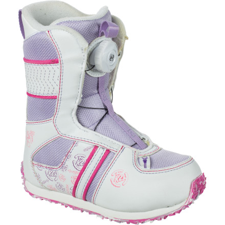 Snowboard The Boa lacing system on the K2 Lil Kat Little Girls' Snowboard Boot is so easy to use, she'll insist on doing it herself. We're guessing you won't have a problem with that. - $65.97