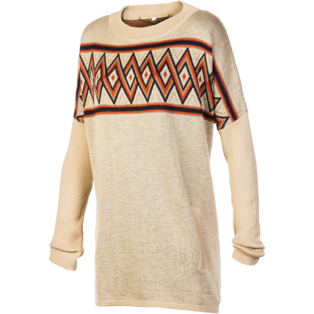 Fireside in the lodge or bellied up to the bar at the pub, the Lifetime Women's Poppy Pullover Sweater has the sporty style for here, there, or even a game of catch in the backyard. With a relaxed fit and zen-like print, it's a simple sweater that exudes casual-cool; and with pockets and a light, lean feel, it's ready to play whenever you're game. - $65.98