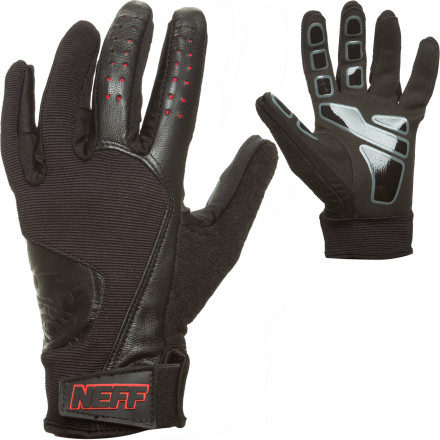 Skateboard Thanks to a no-slip grip palm, the Neff Golfer Pipe Glove helps you maintain a good grip on the shaft so you can hit it long and hard. - $20.97