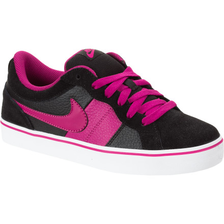 Skateboard The Nike Girls' Isolate LR Skate Shoe brings skateworthy construction and street-savvy style that is sure to isolate it from all other shoe options in closet. - $28.77