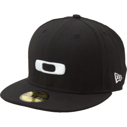 A deep fit, flat brim, and a big-ass raised, embroidered O logo: the Oakley New Era SQ O Hat. - $21.00