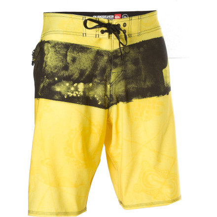 Surf Kelly Slater relies on his signature-model Cypher Nomad board shorts whether he's racking up contest trophies or just paddling out for a casual session. Four-way-stretch diamond dobby fabric maximizes mobility, and minimizes skin contact for faster drying and less irritation. - $32.50