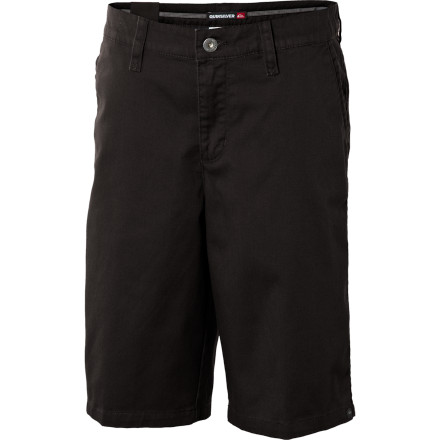 Surf Yes, if it were up to your son he'd probably vow to never wear anything other than boardies all day, every day. Well, it's up to you, and we're sure he'll accept the cleanly styled, stretchy Quiksilver Little Boys' Uno Short as a compromise. - $21.60