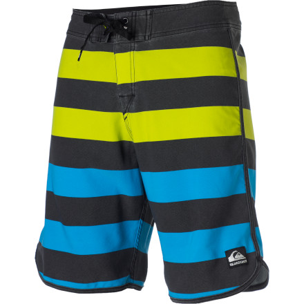 Surf The bold stripes on your Quiksilver Cypher Brigg Pigment Printed Board Shorts when you want shorts that perform and look good while doing it. - $35.75