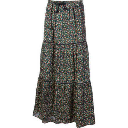 Surf Chanel your inner gypsy with the Quiksilver Autumn Gardens Maxi Skirt. This skirt is perfect for those nights when you want to play your violin and dance ecstatically around a campfire. It's also nice for any time you want a relaxed, earthy look that is still flattering and sexy. - $32.70