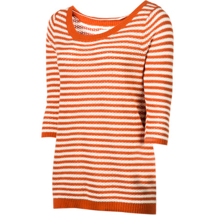Surf Bold, sporty stripes pair up with a sophisticated boatneck to yield the fun-loving yet elegant Quiksilver Women's Nantucket Boatneck Sweater. Pair it with skinny jeans or an A-line skirt for versatile, everyday, knock-'em-dead style. Toss this class act in your tote for boating and beach-going. - $29.70
