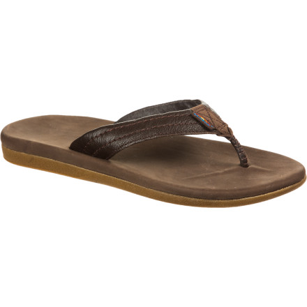 Surf Warm weather is finally here, and it's time to set your feet free. Ditch the stanky shoes and relieve your toes with the the Rainbow North Cove Sandals. These leather flip-flops bring sweet comfort to your feet, and they do it with a classic, casual style that is great for the beach or a casual dinner. - $39.98