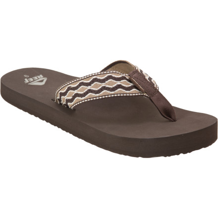 Surf Take your deserving feet for a smooth cruise in the relaxed ride of the Reef Men's Smoothy Sandal. After a long work week, you'll immediately notice the classic, beach-side design of the gentle woven strap and casually comfortable fit. Set a mellow pace and strike out on the boardwalk while the anatomically correct arch support cradles your tender dogs. A triple-density footbed and EVA outsole provide plenty of cushioning and grip, so you can explore new breaks down potholed roads. - $20.76