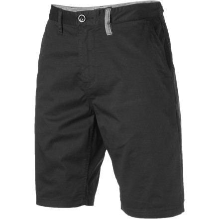 Surf With a slim fit and classy styling, the Reef Men's Suicides Chino Short is the kind of clothing you can wear confidently when it's time to take a chance on a conversation with the cute bartender. - $32.37