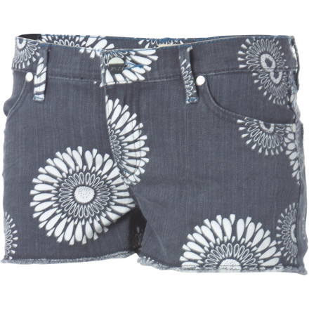 Fitness Slide, dance, and run across the rays of the sun with the Roxy Sun Skippers Denim Short. The Sun Skippers Short features a light-wash stretch denim and stylie details like a raw-edged hem and a zig-zagged accent on the back yoke. - $19.75