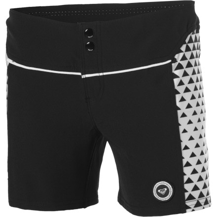 Surf The Roxy Offshore Board Short is a serious piece that's ready to rip as hard as you do. Balancing technical features and materials with an eye-catching style is something it also does really well. - $22.40