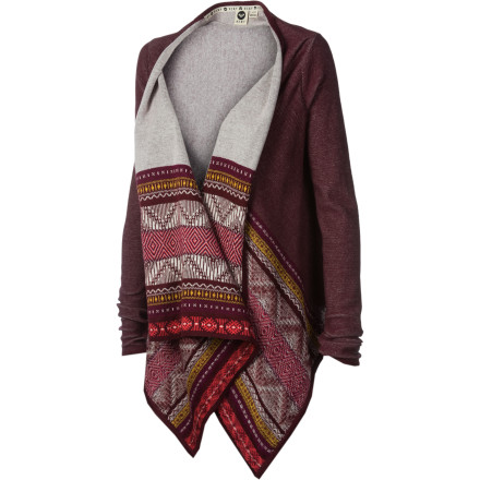 Surf The Roxy Women's Arena Cove Wrap Sweater may not be able to keep your nerves calm as you venture downstairs into the cellar, but it sure shields you from its damp chill. Maybe you should have asked your roommate to join you. - $41.70