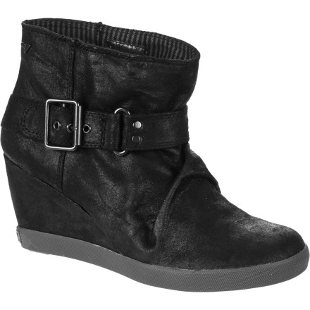 Surf The Roxy Cardinal Boot is constructed with all-day comfort in mind but styled for all-night antics. - $38.40
