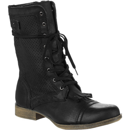 Surf Slide your feet into your Roxy Women's Westbourne Boots when you want a rustic look to give your outfit a modern edge... in fashion, sometimes you have to go back to go forwards. - $53.40