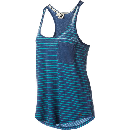 Surf Take off your hoody and relish the warm tropical temperatures when you wear the Roxy Women's Waterman Tank Top. - $25.88