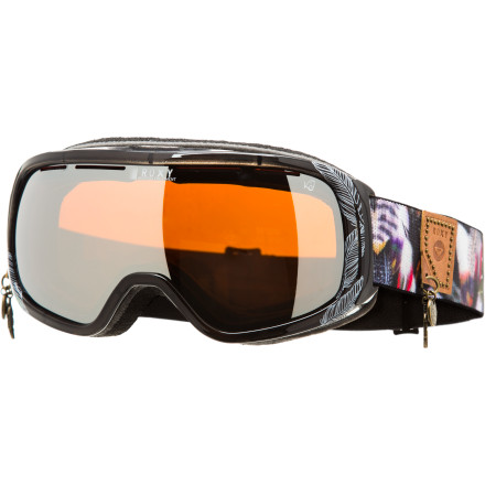 Snowboard Whether she's boosting jumps in the park or sending cliffs in the backcountry, Kjersti Buaas relies in the Roxy Rockferry Goggle to help spot her landings. With an anti-fog treated, distortion-free lens by Carl Zeiss, the Rockferry provides you with a crystal clear view. - $83.97