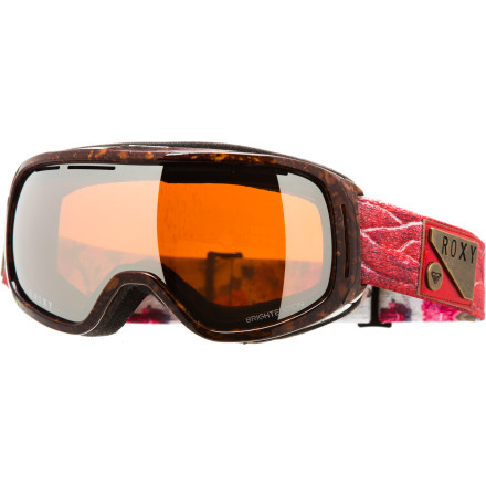 Snowboard Mother nature can be fickle, which is why Torah Bright uses the Roxy Rockberry Goggle with a Carl Zeiss lens to ensure she can always see what she's doing. Because when it's your turn to drop, it's your turn to drop. - $83.97