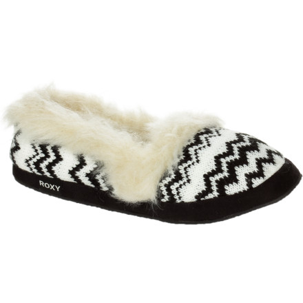 Entertainment Slide out of bed and slip your feet into a pair of the Roxy Girls' RG Biscotti Slippers. Made with oh-so-comfy faux fur collars and cuffs, the Biscotti's are a must-have to lighten the blow of getting up and out of bed in the morning. - $19.20