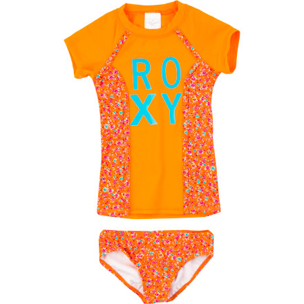 Surf The Roxy Girls' Sand Blossom Rashguard Set gives your girl the coverage she needs to get on her board and go. Even on laid-back non-surfing beach days, this set will give her an extra layer of protection from the sun. - $43.20