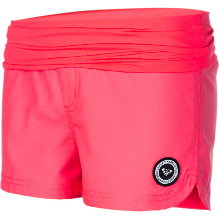 Surf The Roxy Girls' Tidal Sail Endless Sun Board Short gives your up-and-coming surfer the coverage and the comfort she needs to take her board out day after day so she can dial her skills in style. - $25.20