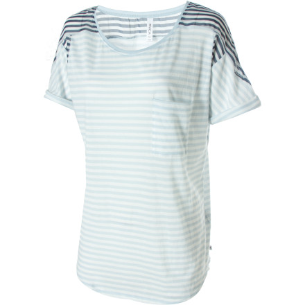 Say whatever you want when you wear the RVCA Imaginary Truth Shirt. This unique top lets you blend your casual and sporty self with a dash of chic frills. A modern dropped hem provides the kind of coverage you want, while feminine flair is achieved through overlapped shoulders, a chest pocket, and polyester chiffon woven inserts. The Imaginary Truth's cotton-poly blend feels comfy next to your skin and breathes easy. - $23.98