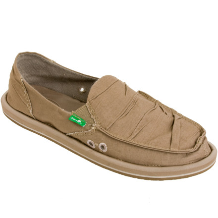 Surf The Sanuk Women's Shuffle Shoe is made from a canvas upper which has a unique ruched detail for a worn look. The upper is fused to a compressed EVA midsole similar to that of a flip-flops so your feet can feel casual but look sprightly while you ditch the surfboard for the boardroom. - $47.96