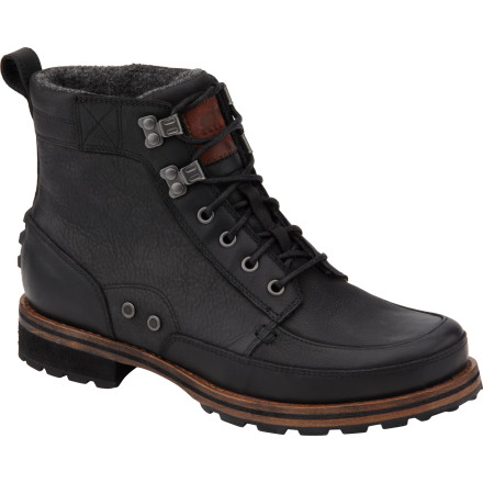 Lace up in the Sorel King Stacked Moc Mid boots when you want truly classic style and obvious quality. These durable boots mange to combine outdoor toughness with an old-school sensibility that looks great whether you're walking to work or headed out with friends. - $149.97