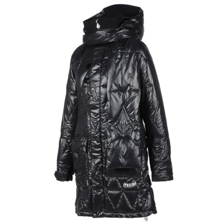 Surf Wear the water-resistant Volcom Womens Rowen Down Jacket to stay warm while you ride through the cyberpunk dystopia. Glossed nylon taffeta gives this long jacket a sexy sci-fi style, and the 400-fill power down insulation keeps you toasty when the sky looks like television static. - $41.99