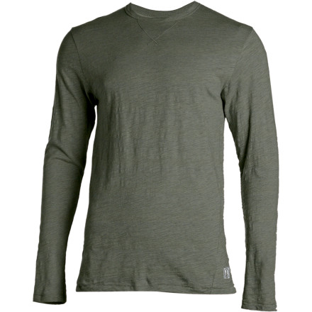 Surf In your car, in the bar, or traveling near and far; your undisputed class gets a boost with the long-sleeve cotton Volcom Perth Slub Heather Shirt. - $20.97