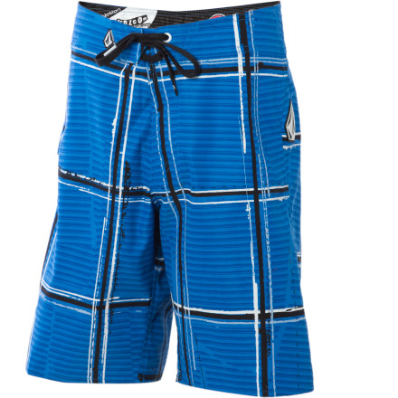 Surf Stretchy, plaid, and totally rad\227the Volcom Boys' Maguro Board Short features Volcom's V2S two-way stretch material, a striking plaid pattern, and a longer, comfortable cut. - $17.75