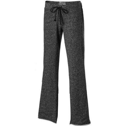 Surf After an intense workout session, slip into the relaxation-inducing softness of the Volcom Women's Moclov Pant, kick back, and enjoy an evening of leisure. - $33.53