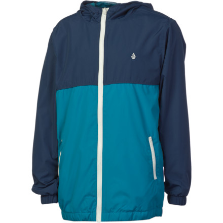 Surf As the summer months cool into fall, crowds begin to fill stadiums across our football-crazed nation. Your own loyal fan can zip up the Volcom Boys' Swisher Jacket during night games or when the autumn chill creeps into your home stadium. - $41.97