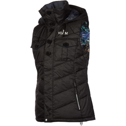 Surf The Volcom Women's Cicely Puff Vest combines urban styling with outerwear tech so you'll look great and stay cozy. Whether you wear this vest by itself for around town warmth or layer it under your shred shell, you'll get an extra dose of warmth wherever you go. - $63.98