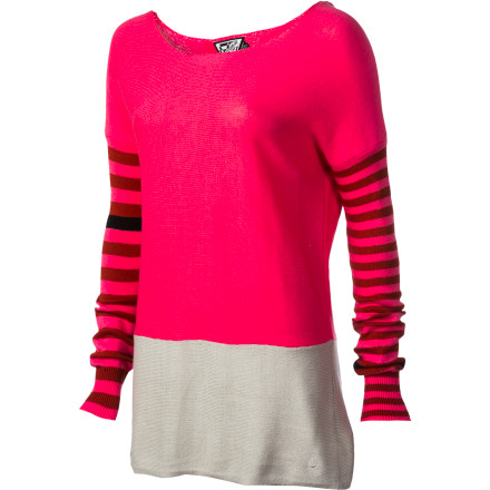 Surf Slip into the Volcom Women's Peace Of Mind Boatneck Sweater and head out on the town. This super-soft top creates a flattering silhouette and gives you just a bit of that modern vibe you need to push your look up a few notches on the fashion scale. - $32.70