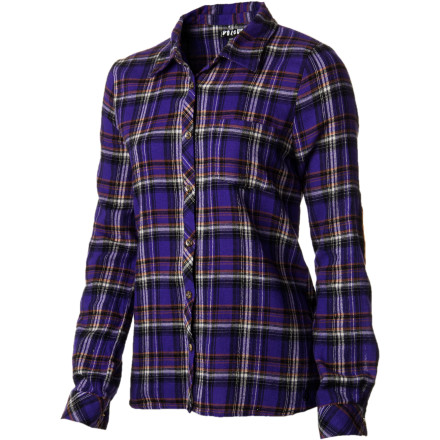 Surf Pair the Volcom Women's Encore Flannel Long-Sleeve Shirt with tights and retro green shorts for one stellar outfit when you hit the rock club. Oh, and don't forget your military-style boots as your choice of footwear. - $32.97