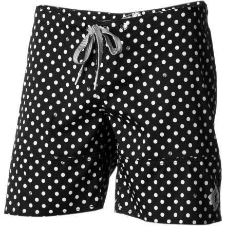 Surf You lazily pull on the Volcom Women's Sparrow 7in Board Short. Then you check the surf report and realize you better get moving if you want to catch some clean waves before the wind picks up. - $32.96