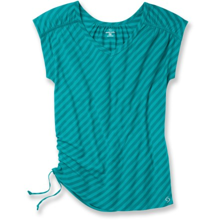 Fitness Refreshing and comfortable, the Moving Comfort Urban Gym T-shirt keeps up with your toughest workout. Polyester fabric wicks moisture, dries quickly and breathes well, all with a soft-as-butter feel. Fabric is blended with S.Cafe(R) polyester; a fabric that uses recycled coffee grounds to help resist odors, wick moisture and dry quickly. Adjustable drawcord at side hem adds a bit of style. The Moving Comfort Urban Gym T-shirt offers a relaxed fit. - $36.93
