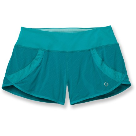 Fitness They may be minimalist in desigh, but the fun, lightweight Moving Comfort Momentum shorts don't skimp on comfort. Quick-drying and moisture-wicking fabric in outer shorts and liner help keep you comfortable; fabric is partially recycled. Waistband interior and inserts are made of of S.Cafe(R) polyester, a fabric that uses recycled coffee grounds to help resist odors, wick moisture and dry quickly. Wide, comfortable waistband dials in the fit with an internal drawcord. Zippered stash pocket stores a key or credit card; hidden pocket in waistband stashes small items. The semifitted Moving Comfort Momentum shorts move with you during activity. - $31.93