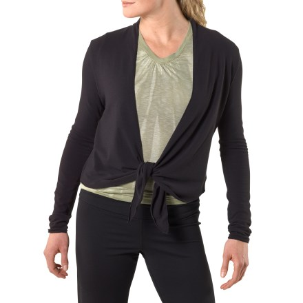 The Veeda Wrap from prAna is made from a silky smooth fabric and is a great layering piece over workout clothes or sundresses. Partially recycled polyester fabric feels great against skin; blended with spandex for ample stretch. prAna Veeda Wrap has an adjustable tie front. - $44.93
