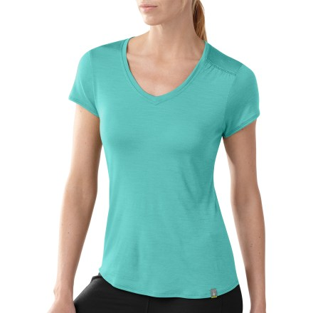 Camp and Hike The SmartWool Modern V-Neck T-shirt outifts you for hiking, biking and hanging around town. Merino wool provides excellent temperature control and moisture management, so you're warm when it's cold and cool when it's warm. Fabric provides UPF 20 protection from the sun. V-neckline offers a feminine fit. Closeout. - $22.73