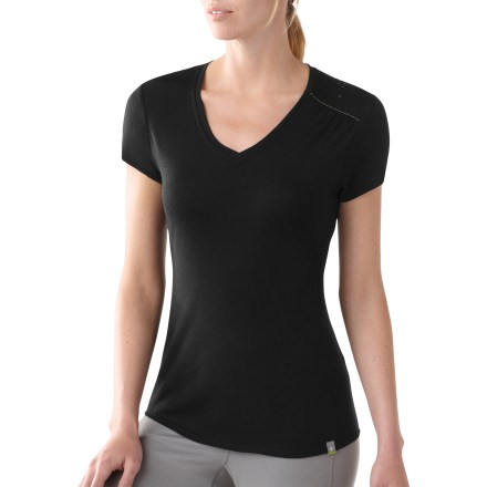 The SmartWool Flight V-neck T-shirt works to help maintain your comfort on the trail. Made of soft merino wool, it wicks away moisture and breathes-naturally! Fabric provides UPF 20 protection from harmful solar rays. Semifitted cut is not too tight and not too loose. Machine washable in cold water; reshape and dry flat. Closeout. - $24.73