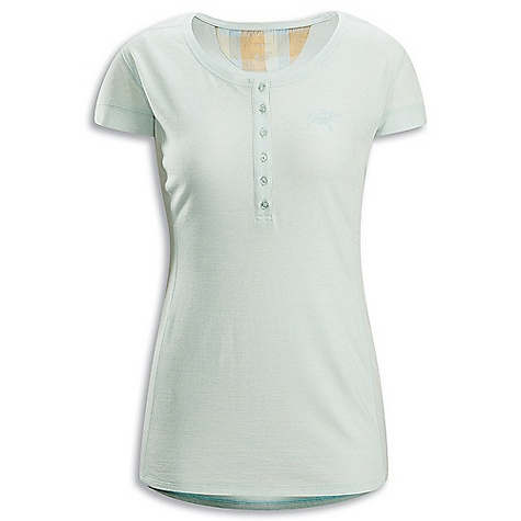 Hunting Free Shipping. Arcteryx Women's Emissary SS DECENT FEATURES of the Arcteryx Women's Emissary Short Sleeve Natural fiber fabric with anti-microbial properties Scoop neckline; shaped hem Six button placket and neck yoke contrast trim Embroidered Bird logo We are not able to ship Arcteryx products outside the US because of that other thing. We are not able to ship Arcteryx products outside the US because of that other thing. We are not able to ship Arcteryx products outside the US because of that other thing. We are not able to ship Arcteryx products outside the US because of that other thing. The SPECS Weight: M: 4.4 oz / 124.4 g Fit: Trim Fabric: Laincast - 54% cotton, 46% merino wool jersey This product can only be shipped within the United States. Please don't hate us. - $74.95