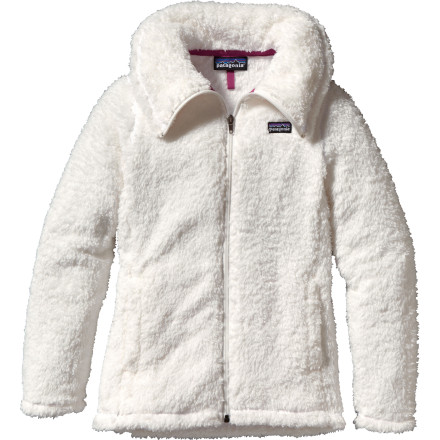 The Patagonia Girls' Los Lobos Jacket has a chic yet simplistic style and plush fabric. Zip up and stay warm. - $43.45