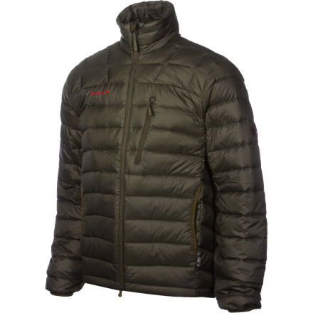 Camp and Hike A blustery night at base camp poses no threat when youre wearing the Mammut Broad Peak II Jacket. Minimalists will love that the Broad Peak II offers warmth without taking up extra pack space. - $129.32