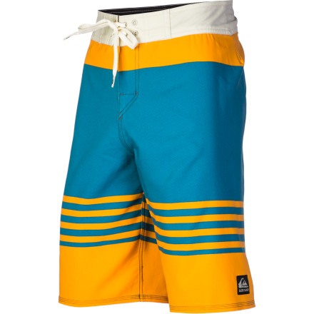 Surf Dane Reynolds is really good at surfing. Quiksilver is really good at making board shorts. The Cypher Revolt board short is the result of a beautiful symbiotic relationship, and you get to take advantage of it. - $38.23
