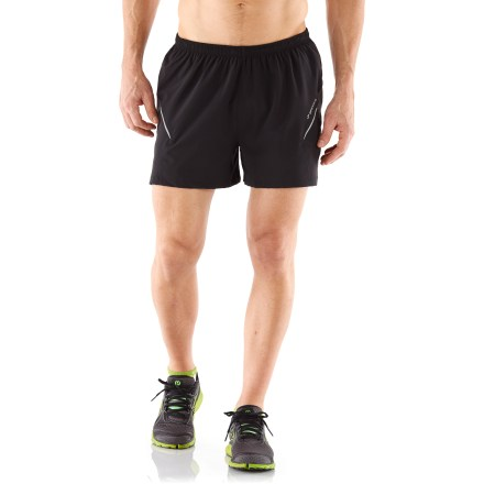 Fitness The stretch-woven fabric and relaxed fit of the Brooks Sherpa III shorts draw you into dynamic motion no matter what your training routine entails. - $27.93