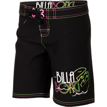 Surf She'll look just like the big surfers in the classic Billabong Girls' Stevie Board Short, with longer length and no-nonsense style. A tie waist and handy pockets round this sporty short out for everyday practicality. - $35.51