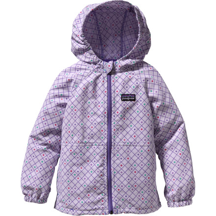 Keep your baby girl safe and comfy in surprise weather with the Patagonia Baggies Jacket. Quick-dry nylon means she wont be sweaty while nestled in your arms on a parent-daughter walk, and a DWR finish keeps her snug and dry if a surprise drizzle crops up. - $59.00